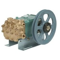 Arimitsu 516R Pump 22mm Right Shaft 4-5GPM 950-1200RPM 2000-2300PSI With Rails and Pulley
