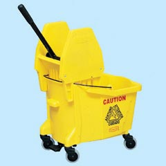 Rubbermaid: COMBO PACK (7571/7575) YELLOW Mop Bucket and Wringer Downward Press with foot petal 35 qt [RCP 7677 YEL]