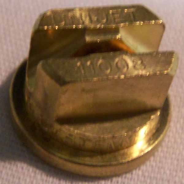 Spraying Systems TeeJet 4009 Brass TPU Nozzle Tip 9 X 40 Degrees 8.708-000.0