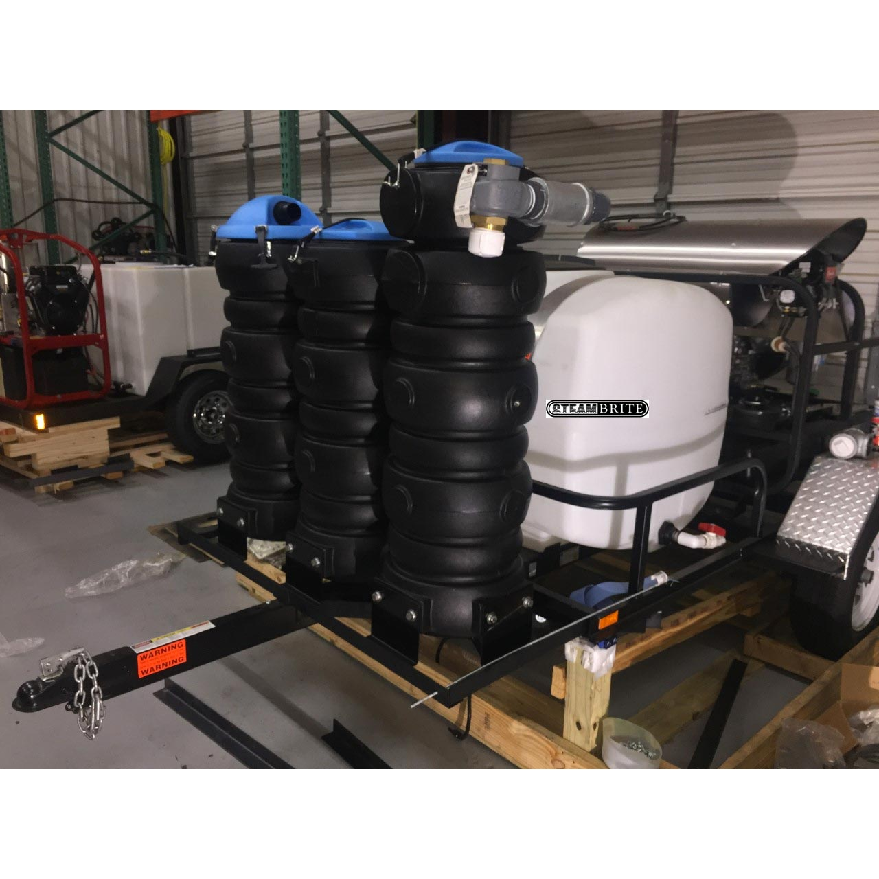-Trailer Truck Mount 32Hp 4000 PSI @ 5 GPM AR Pump HOT Pressure Washer Vacuum Recovery System TM32-425 cfm with Hoses and tools (cash priced)