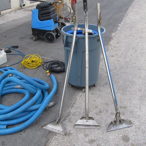 scooter carpet cleaning machine