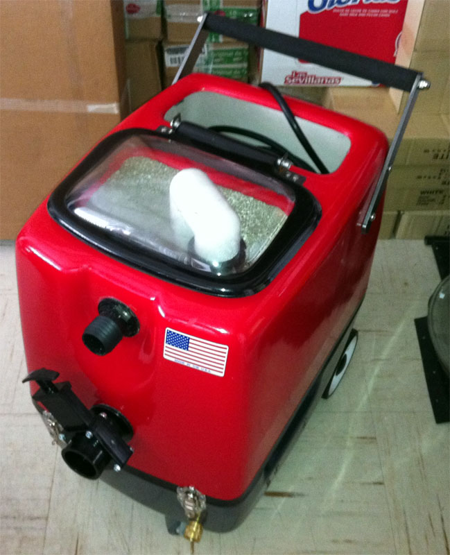 -Clean Storm Fiberglass 5gal 200psi Heated 3 Stage Vac Car