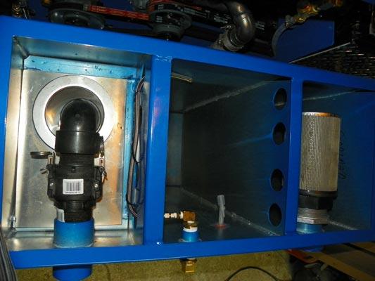 inside view blue baron 60 gallon vacuum waste tank