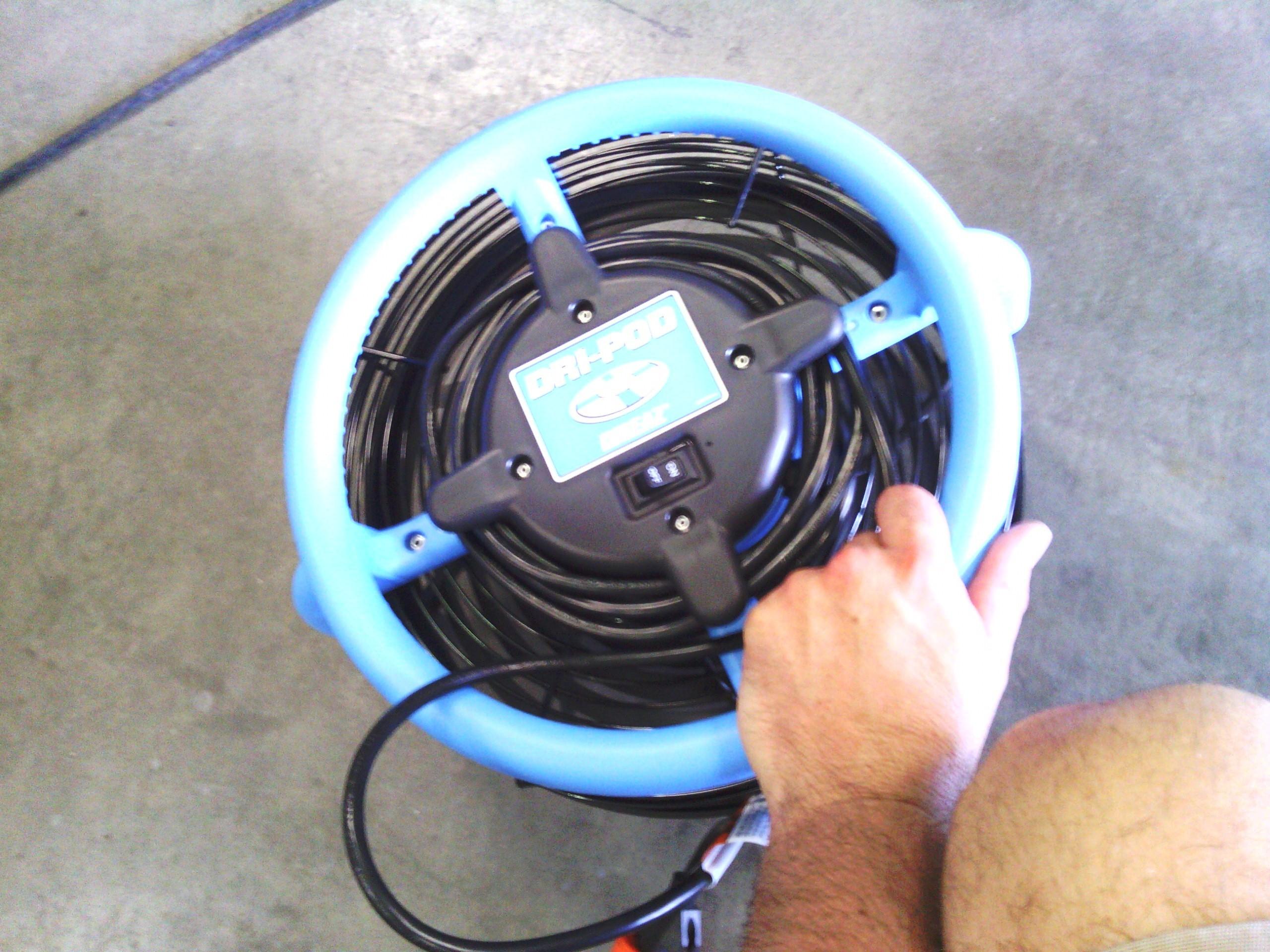 dri-pod dripad drieaz dri-eaz down draft air mover floor fan