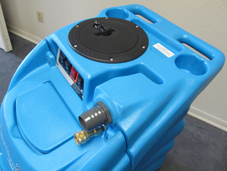 auto fill and dump carpet cleaning machine