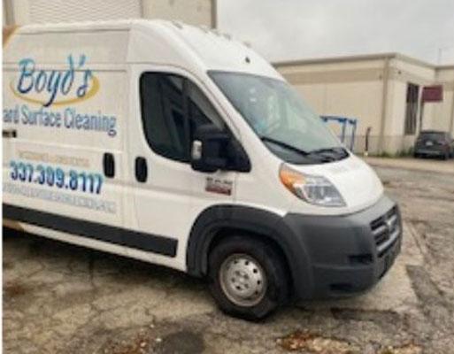 High roof van and truckmount combination