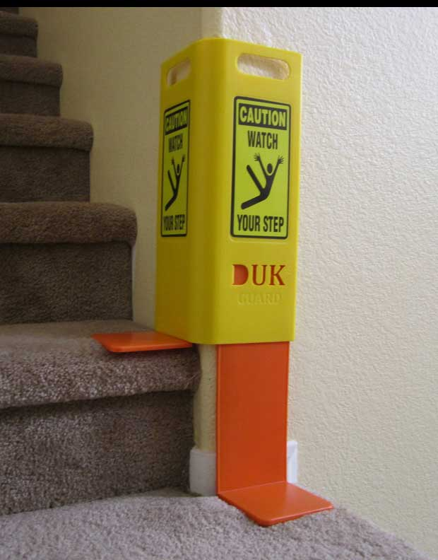 stair case wall guard duk