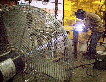 welder worker cooling